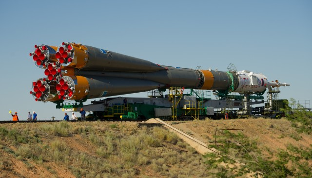 Expedition 32 Soyuz Rocket Rollout
