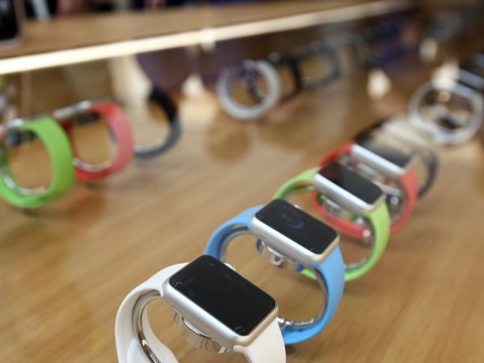 635642874857653543-469116482-apple-inc-apple-watch-sport-smartwatches-are-gettyimages